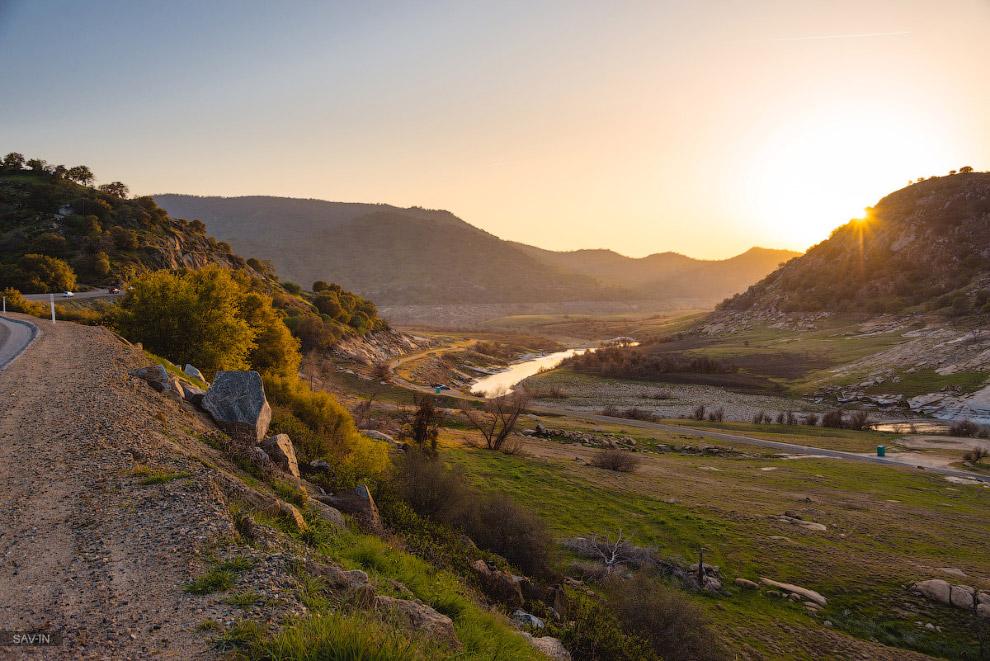 Национальный парк «Секвойя» в Калифорнии с САМЫМ большим деревом в мире!