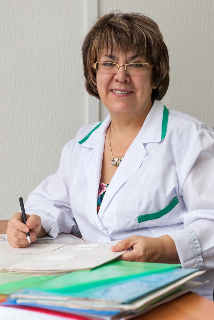 Заведующая отделением, врач-акушер-гинеколог высшей категории Лирия Афанасьева