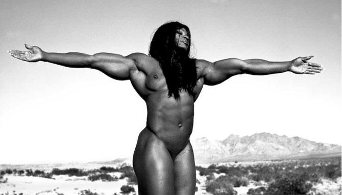 Фото сильных голых девушек