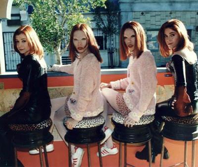 Эллисон Хэнниган (Alyson Hannigan), Уилло из «Баффи...», и ее дублеры-каскадеры.