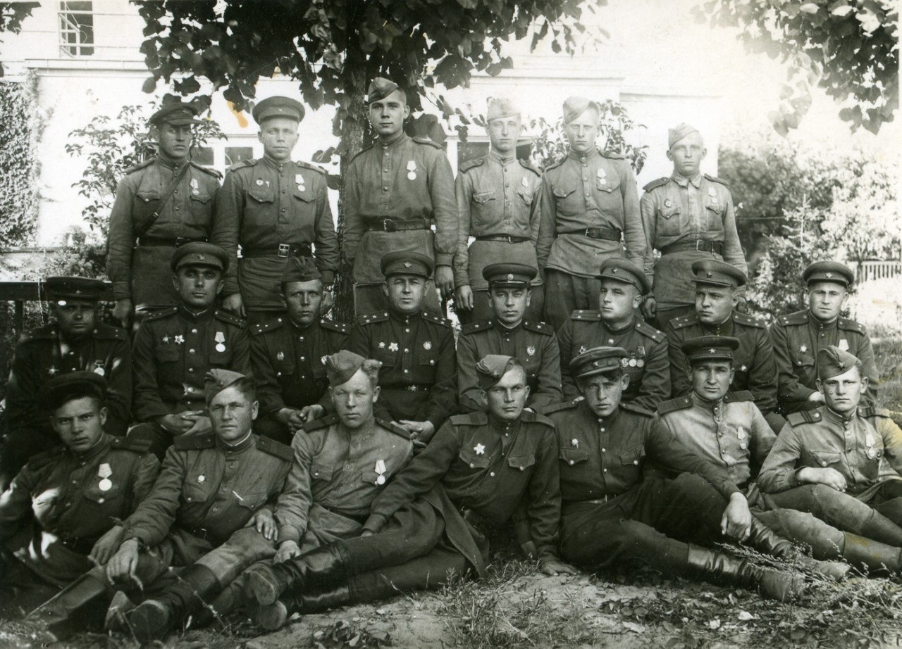 Сотрудники СМЕРШ 70-й армии. Смерш, война, жизнь