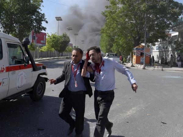 При атаке боевиков наотель вКабуле погибли 43 человека