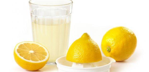 5 проблем со здоровьем, которые можно вылечить с помощью лимонного сока вместо таблеток