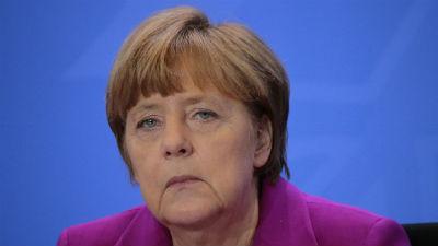 Меркель обратилась к России …