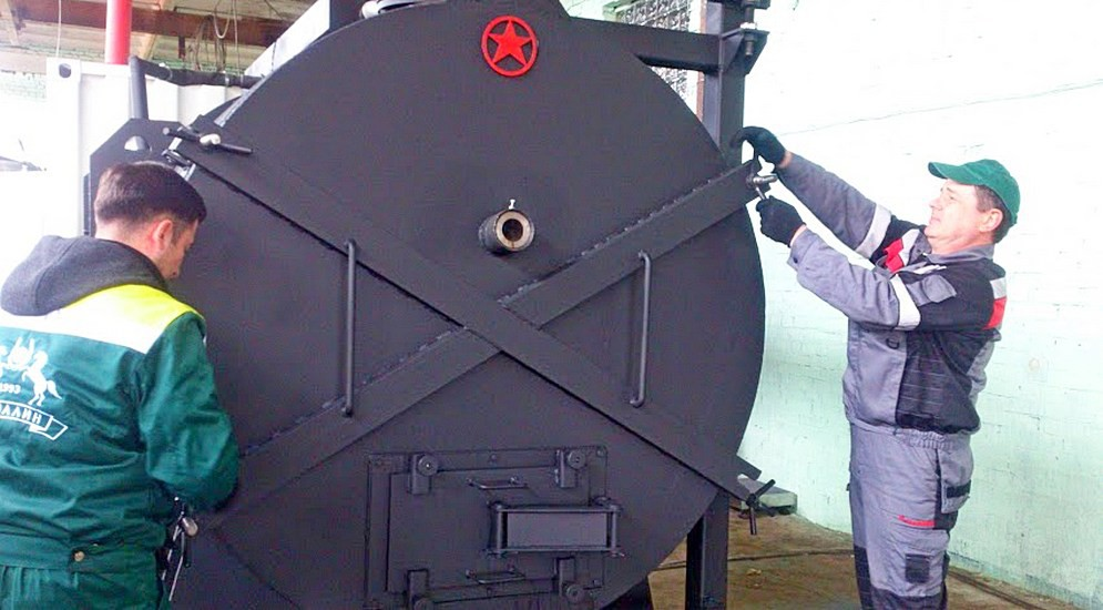 Как в Петербурге научились делать солярку из покрышек