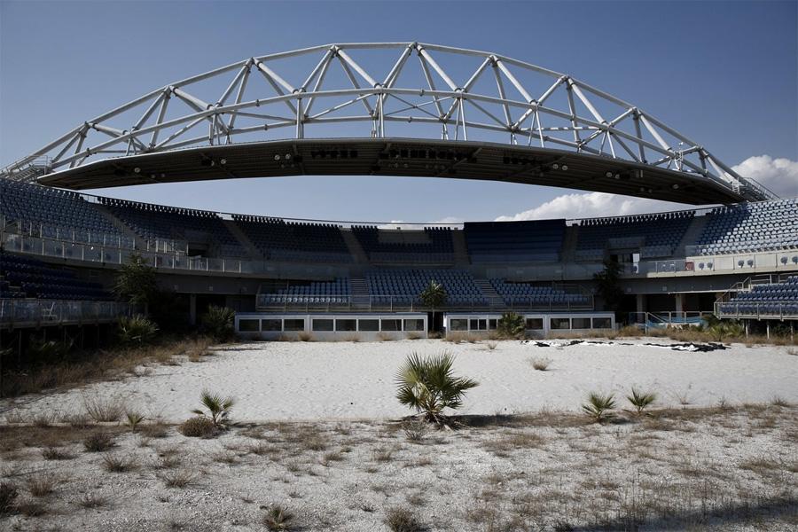 Остатки былого величия афинской Олимпиады 2004