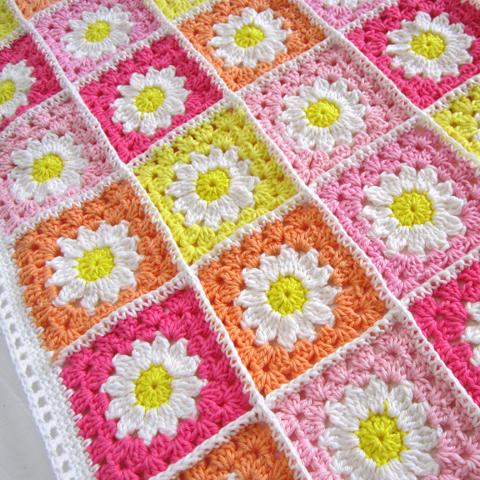 Цветочный плед из квадратов. МК + схема