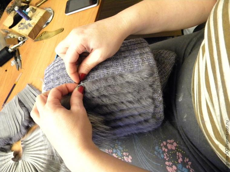 Как сшить меховую шапку методом нашивки меховых полосок