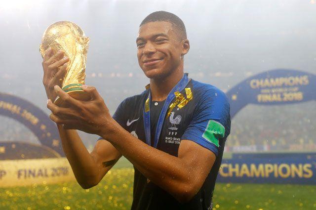 Кто ты, Килиан Мбаппе? Что нужно знать о лучшем молодом футболисте мира
