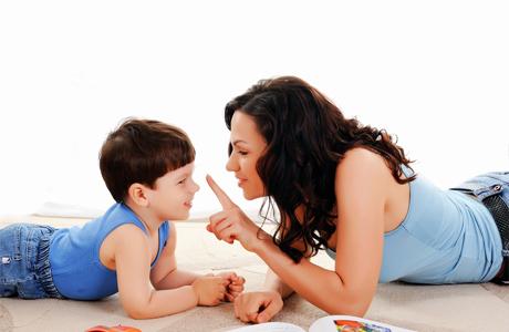 Советы, как правильно хвалить ребенка