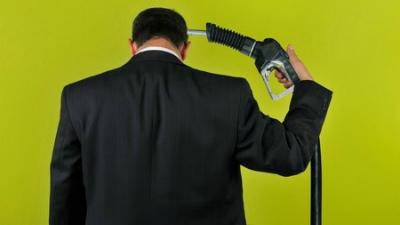 Население против повышения акцизов на бензин