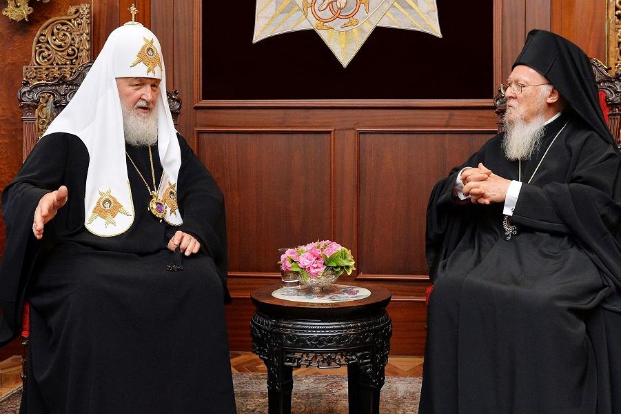 Патриарх Кирилл съездил неуд…
