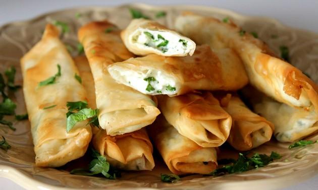 Трубочки с сыром и зеленью