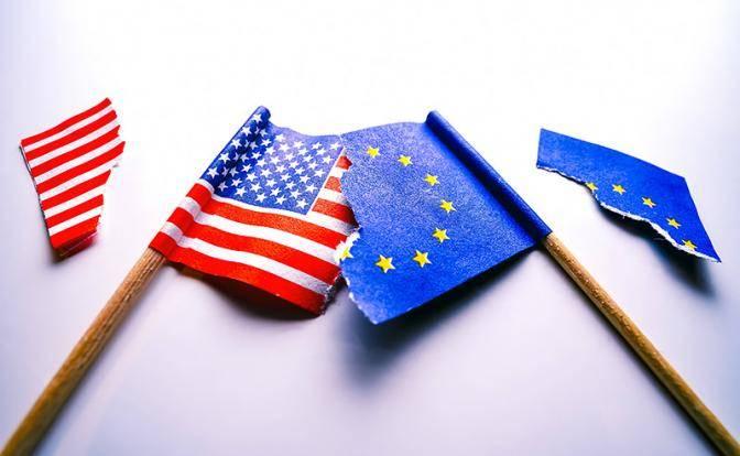 США упорно толкают Европу в …