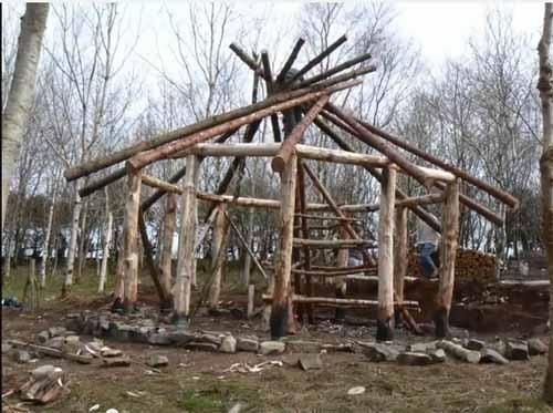 как построить дачный домик из дерева недорого