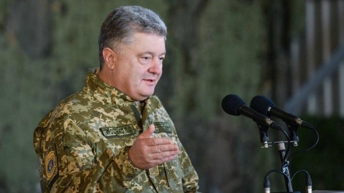 Россияне прокомментировали заявление Порошенко об украинских брендах, от которых «корчит» Москву