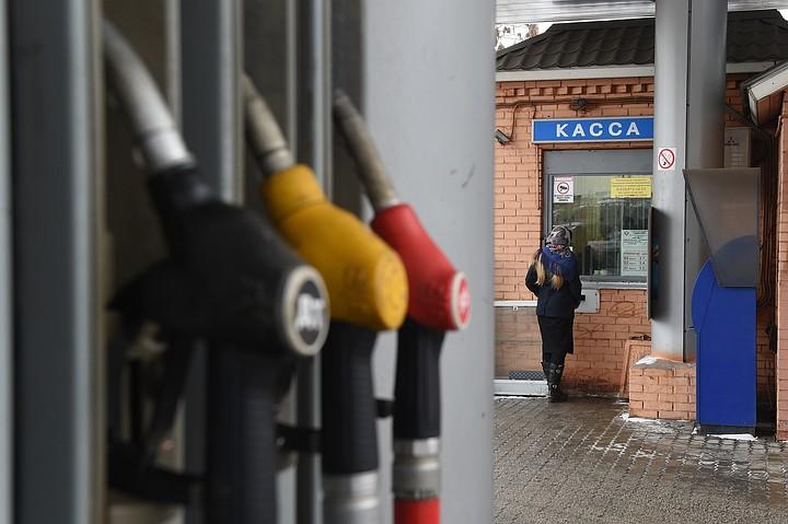 Козак: ситуация на рынке топлива в РФ стабилизирована