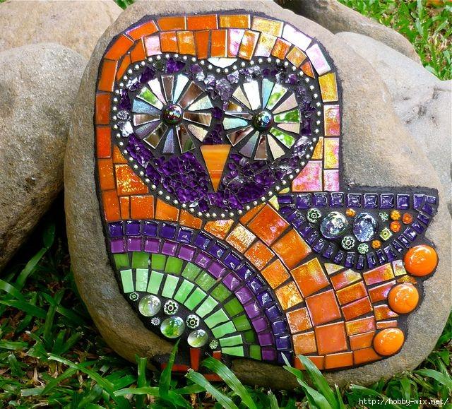 Мозаичный декор в саду