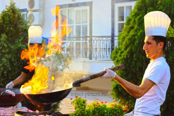 Кухня в отелях Турции, их all inclusive и экскурсии, ну и конечно шопинг в Турции