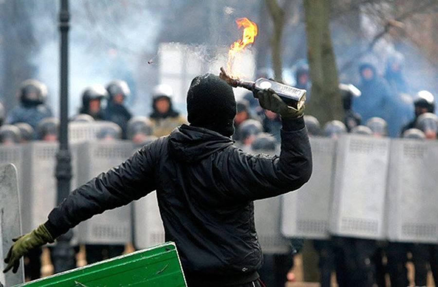 Угроза неизбежного распада Украины: Киев должен умерить свои амбиции