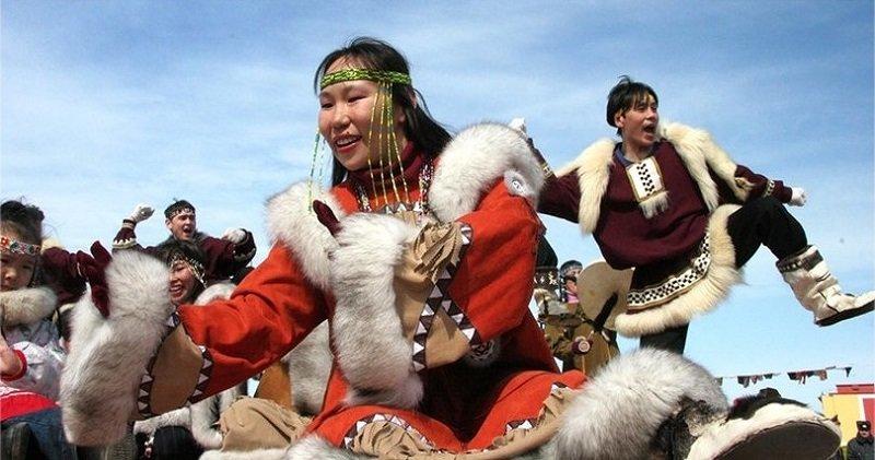 Свингеры Крайнего Севера: вот почему чукчи меняются женами