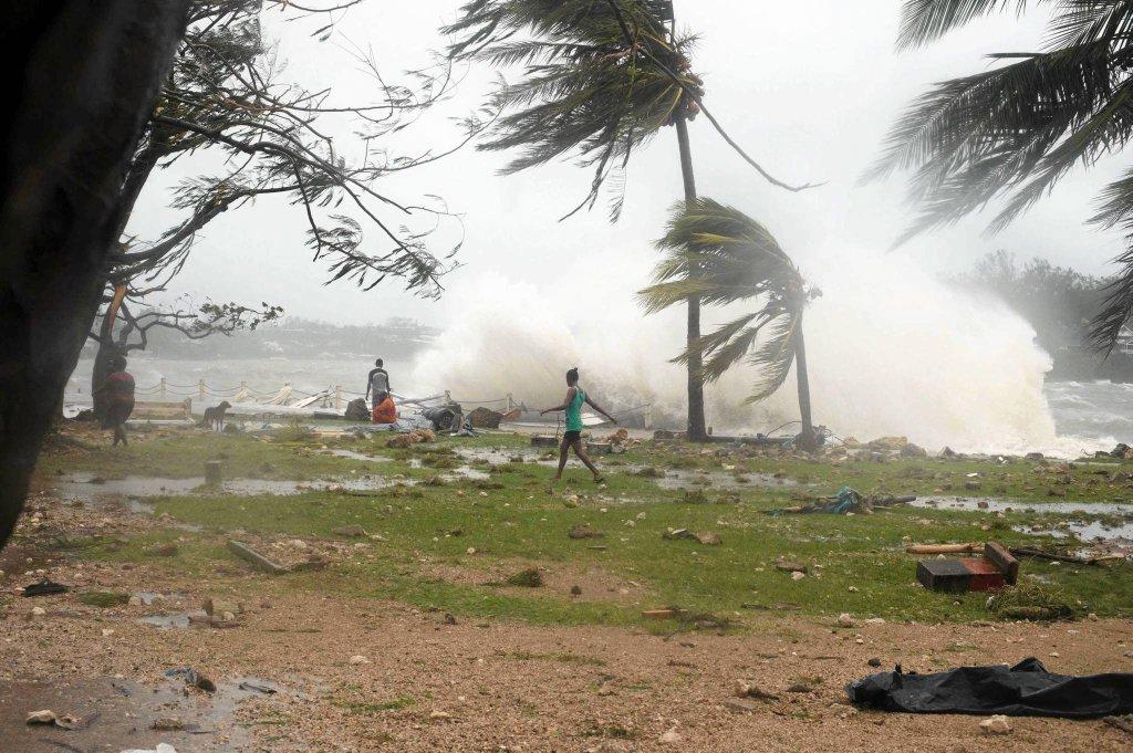 Циклон Пэм ударил по Вануату - фоторепортаж