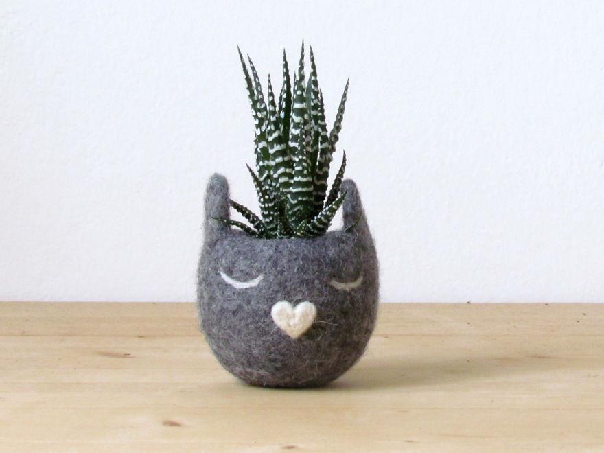Очаровательные вазы из войлока