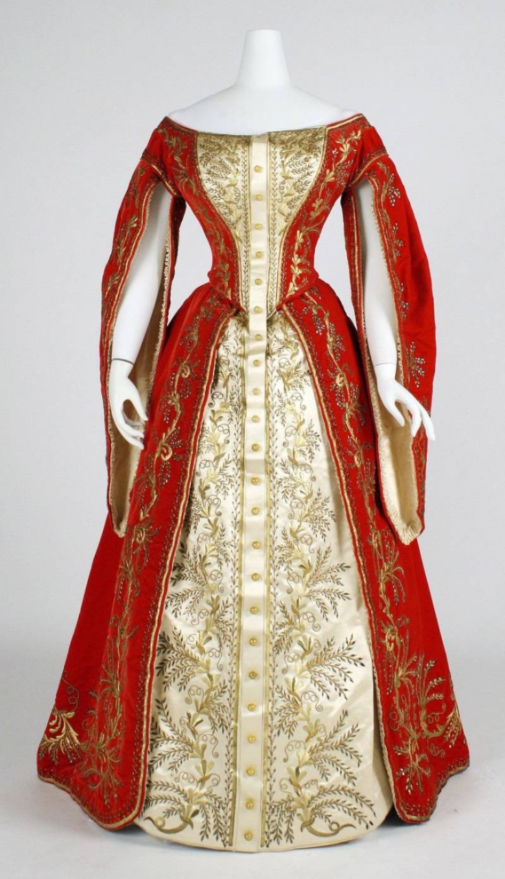 Платья эпохи екатерины 2