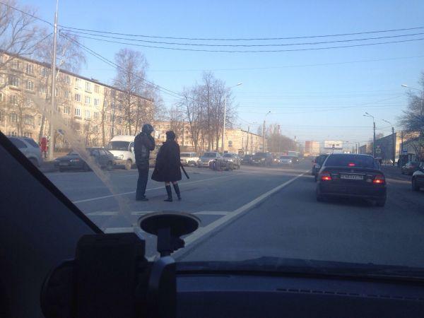 ДТП на Дальневосточном проспекте. СПб 06.04.15г.