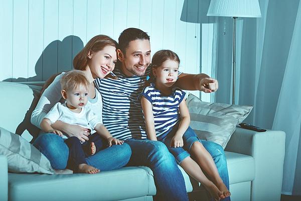 Смотрим и учимся всей семьей: ТОП-6 сериалов для изучения английского