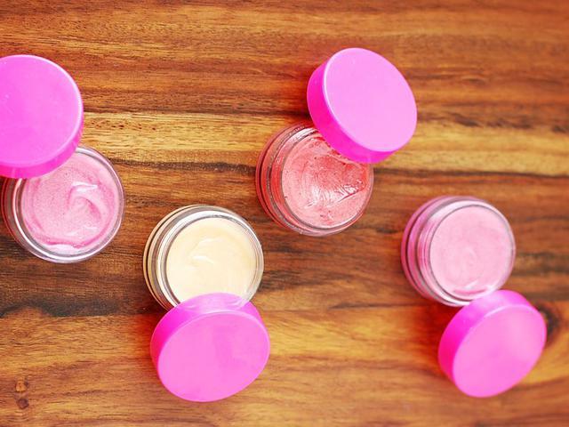 Рецепт медово-цитрусового блеска для губ