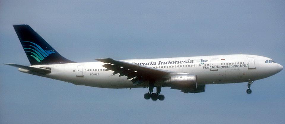 Garuda_A300_Durand-1