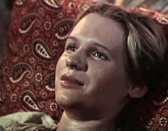 одинокая женщина желает познакомиться маргарита криницына