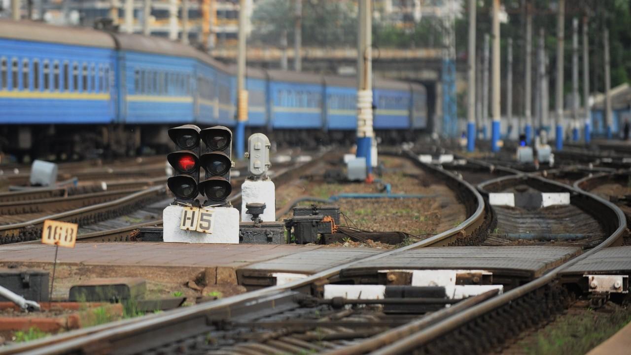 Rail Baltica - всё: Европа остановила «локомотив успеха» Прибалтики