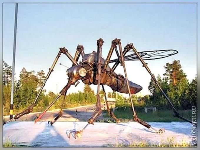 Памятник комару в Ноябрьске интересное, памятники