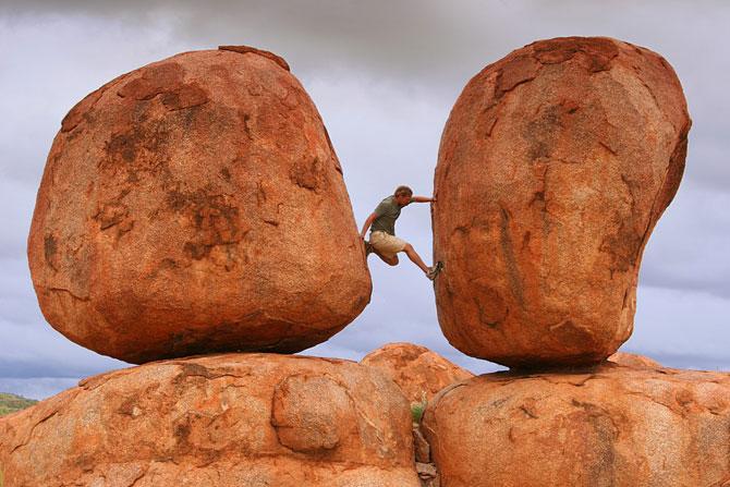10 балансирующих камней мира