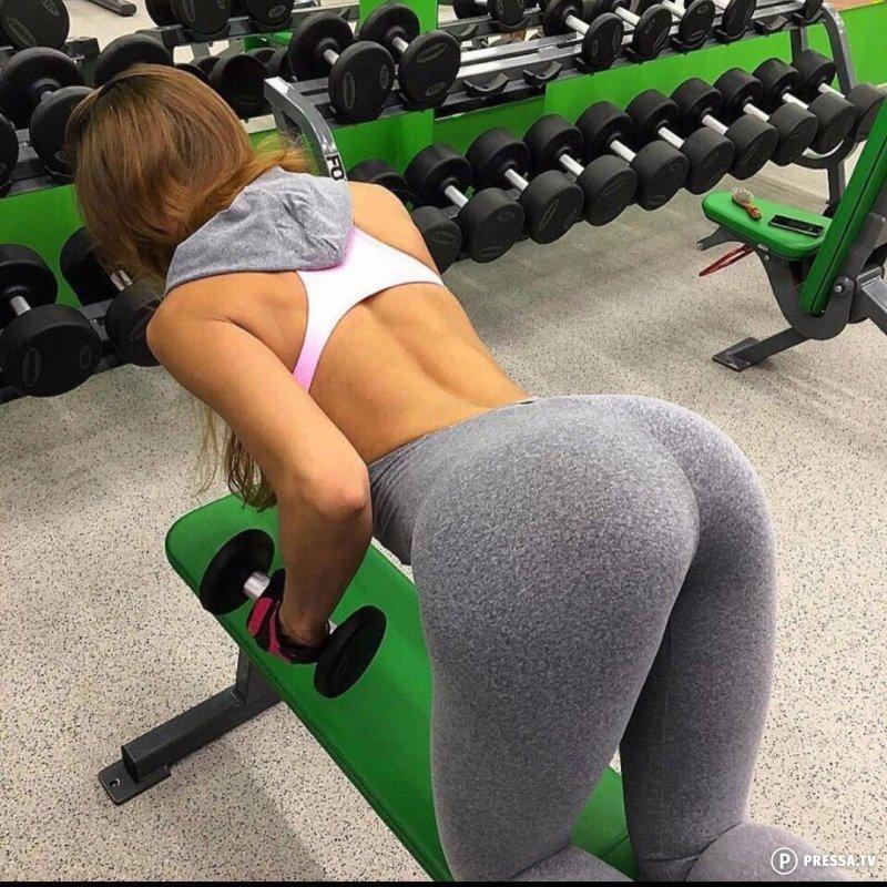 Привлекательные и спортивные девушки
