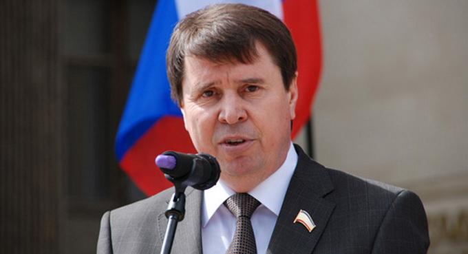 Российский сенатор: США придется убедить националистов снять блокаду Донбасса