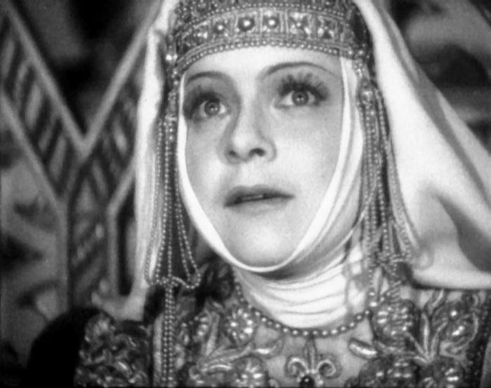 Людмила Целиковская - народная актриса, которую не любил Сталин: тернистый путь к славе