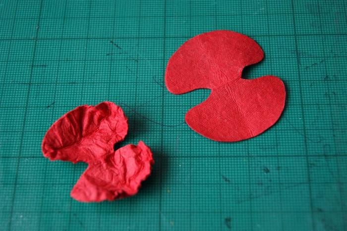 Цветок из бумаги мак