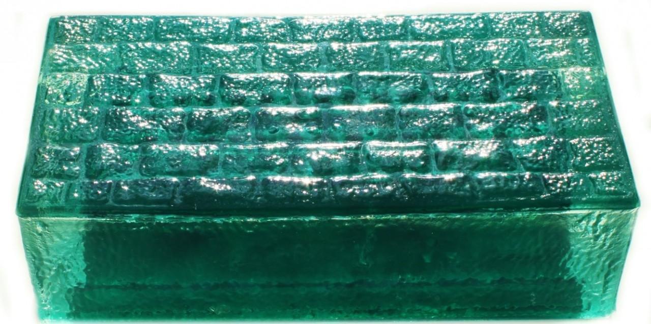 Тротуарная плитка из стекла