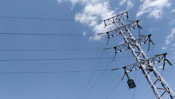 Крымчан из-за подрыва ЛЭП просят зарядить аккумуляторы и запасти воду
