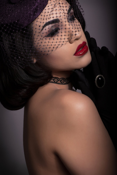 торшер с вуалью для эротической фотосессии фото
