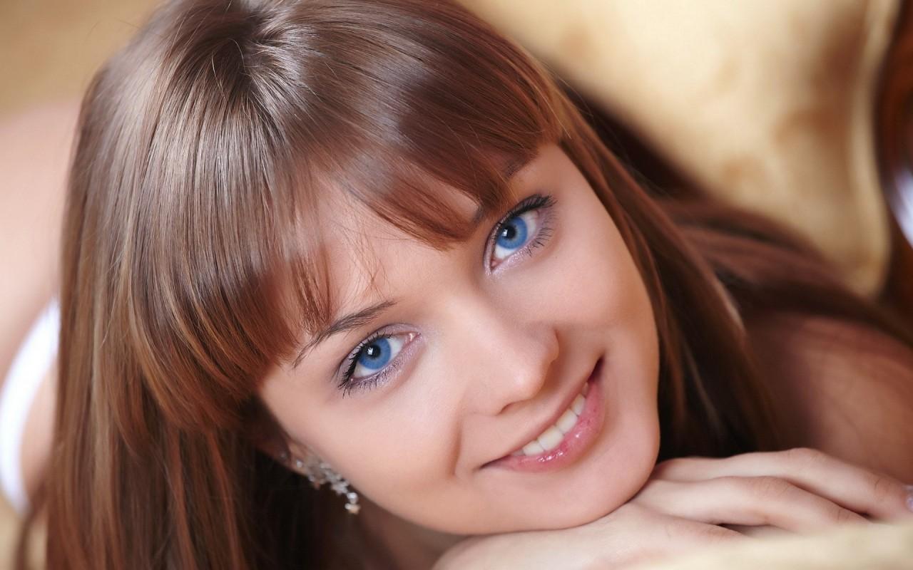 Фото 30 лет девушке с голубыми глазами