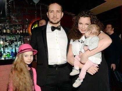 Певец Данко отказался от дочки-инвалида
