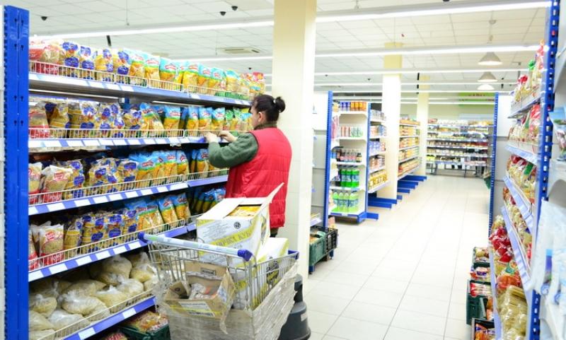 """В ЛНР похвалились, что ряд продуктов в Республике в разы дешевле чем на """"освобожденной"""" Украиной территории"""