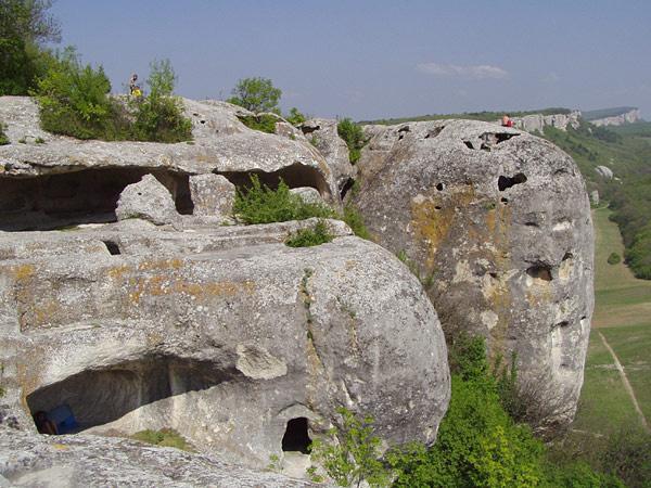 залесное бахчисарайского района а называется эта база эски-кермен присвоение