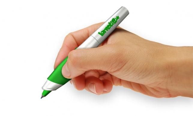 Lernstift — ручка, вибрирующая при совершении ошибок в слове