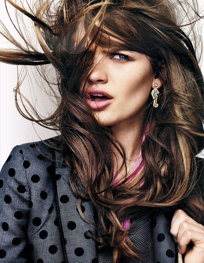 5 способов быстро высушить волосы без фена