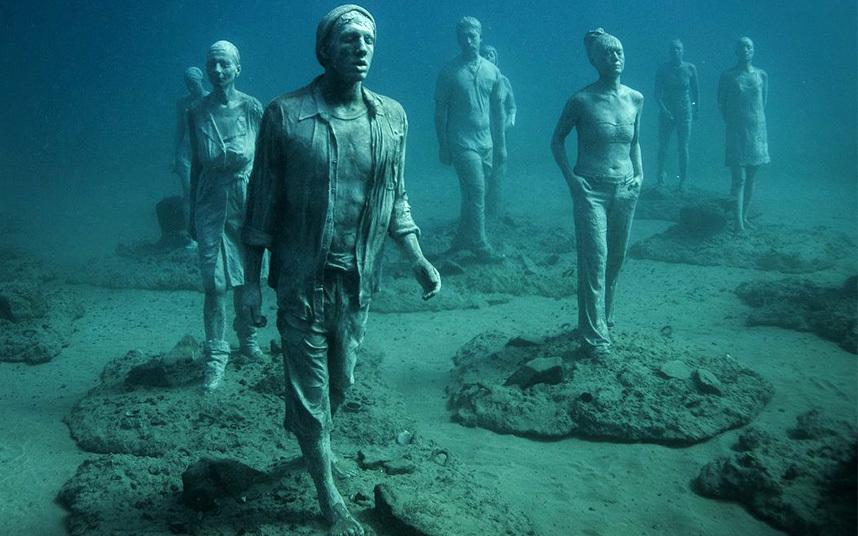 На Канарских островах открылся первый в Европе подводный музей